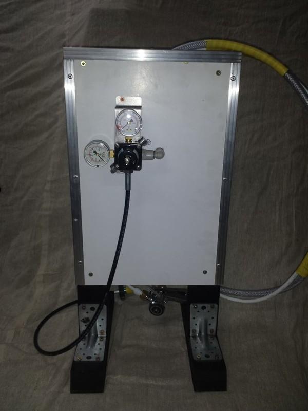 Dispense board  gas regulators