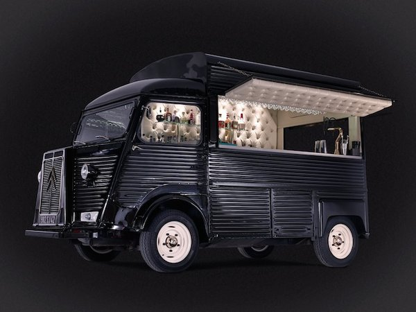 Bar de Cru mobile cocktail bar business in 1981 Citroen H Van