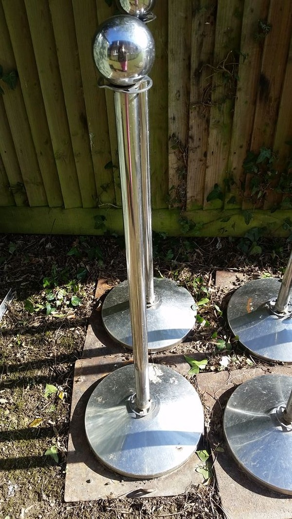 Stainless Steel Ball Top Barrier Post