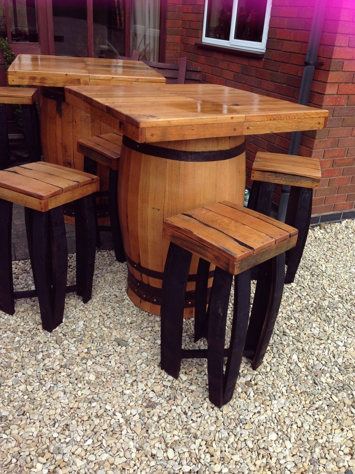 Secondhand Vintage and Reclaimed | Bar and Pub | Square ...