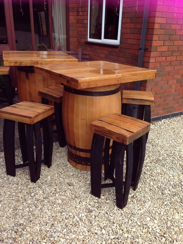 Square top barrel bar table and stools set made from recycled genuine Scottish whisky casks