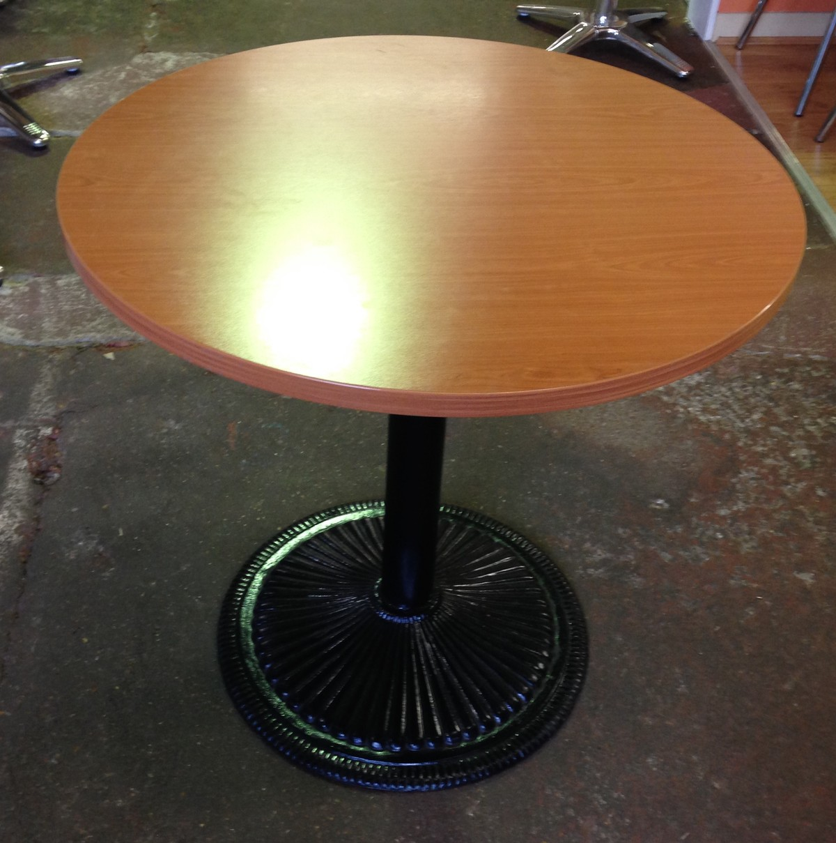 Secondhand catering equipment global tables and chairs for Round teak table top