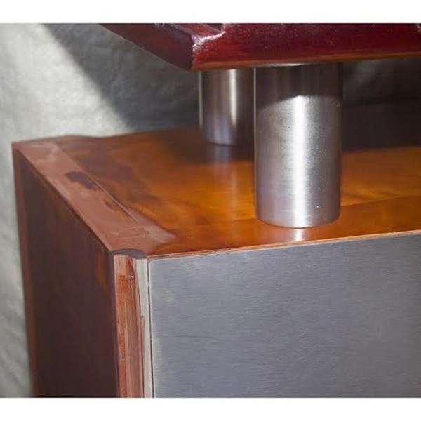 Reception desk detail
