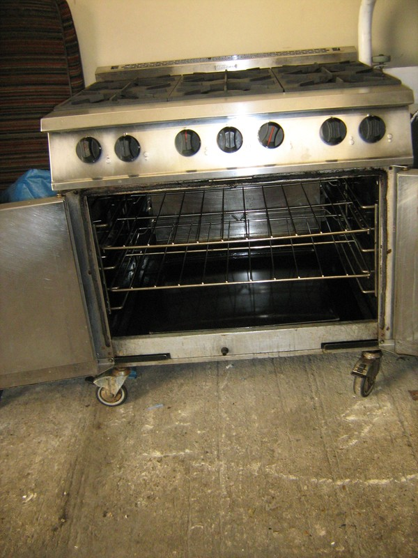 Falcon Dominator 6 Burner Gas Cooker for sale