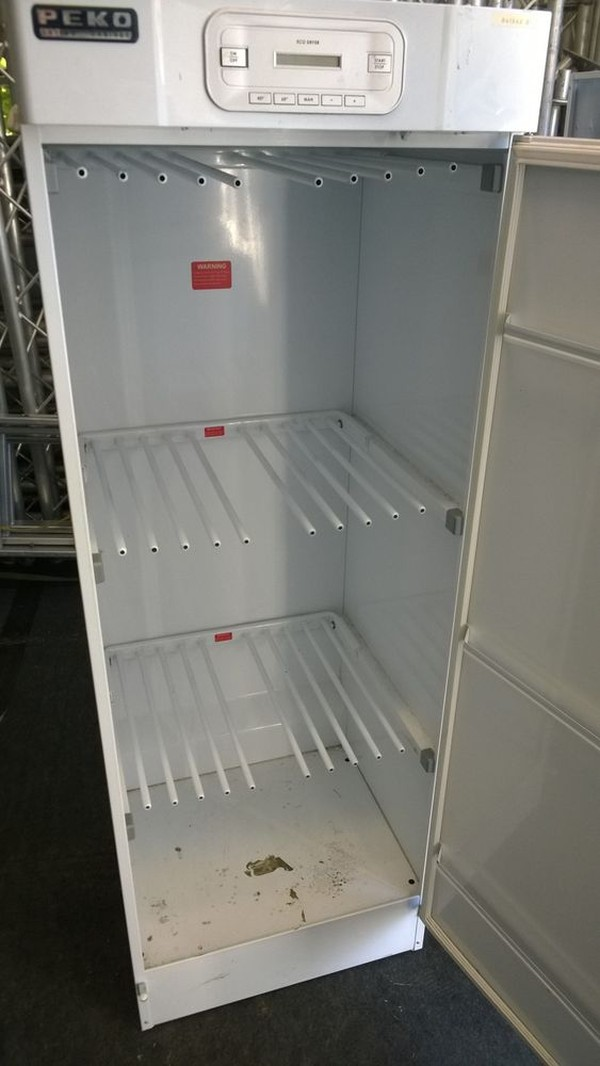 PEKO Drying Cabinet inside