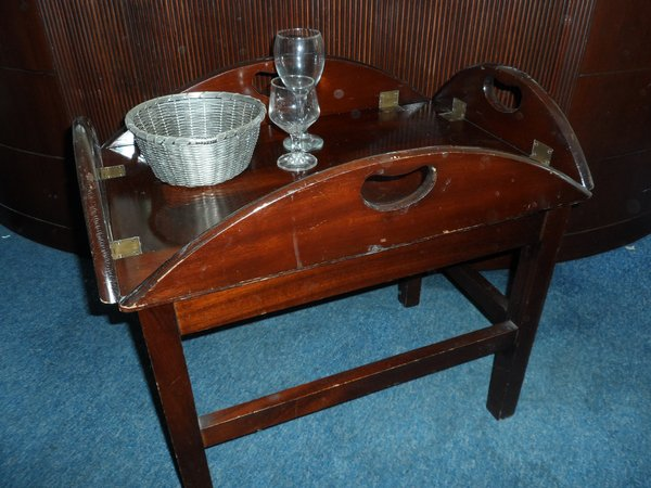 Classic mahogany 4 drop side butlers tray