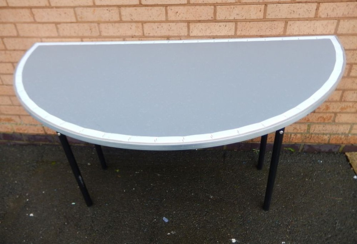 Secondhand chairs and tables round tables with folding for 5ft coffee tables