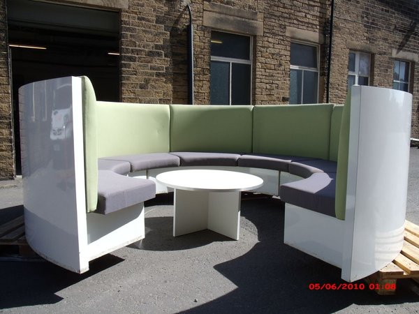 Circular bench seating