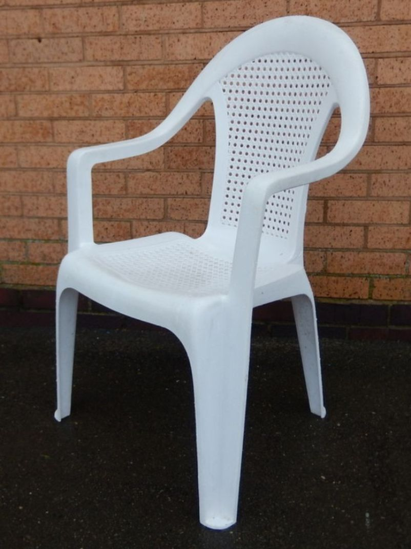 White Resin Patio Chairs Photo