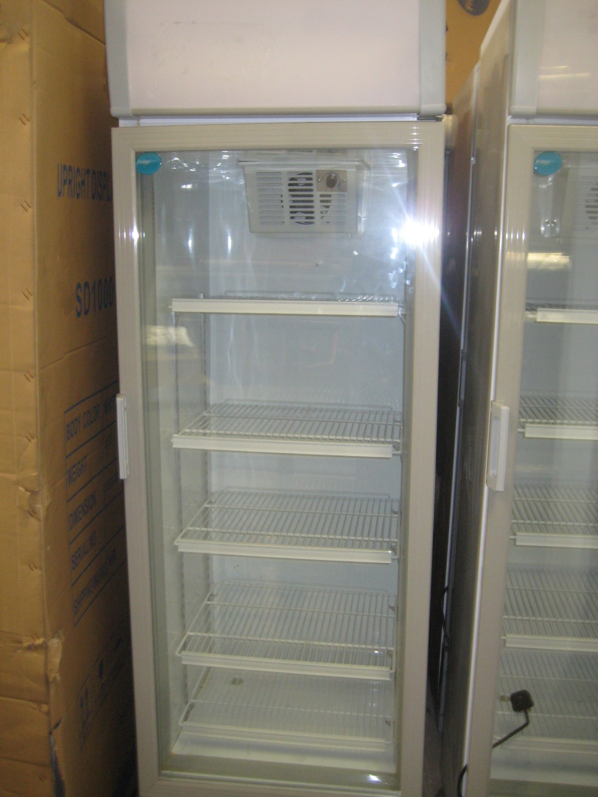 Curlew secondhand marquees r2 refrigeration hemel for 1 door display chiller