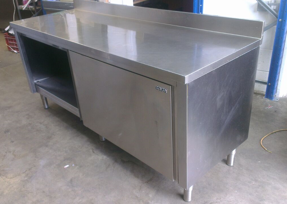 Secondhand catering equipment kitchen cupboards and for Table exterieur aluminium anodise