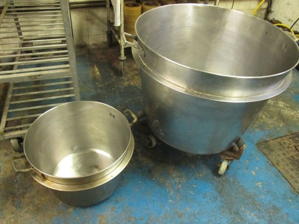 Stainless steel cauldrons