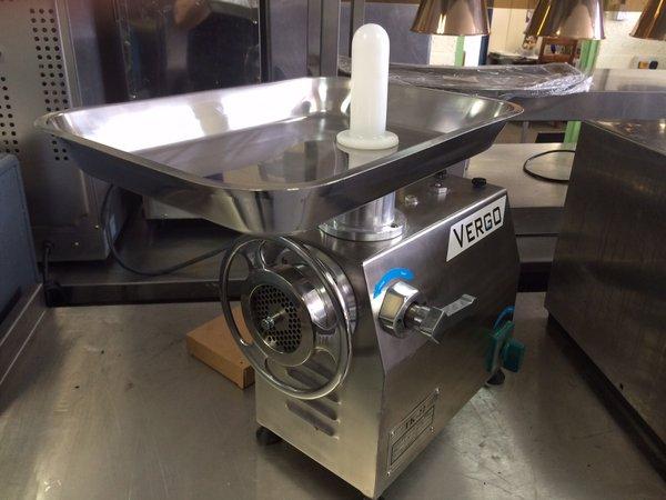 VERGO TK-22 Electric Meat Mincer/Grinder Machine