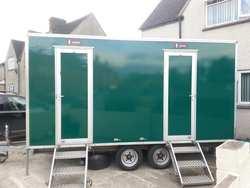2+1 mobile toilet unit