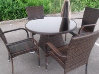 Round 5 Piece Zebrano Patio Dining Set