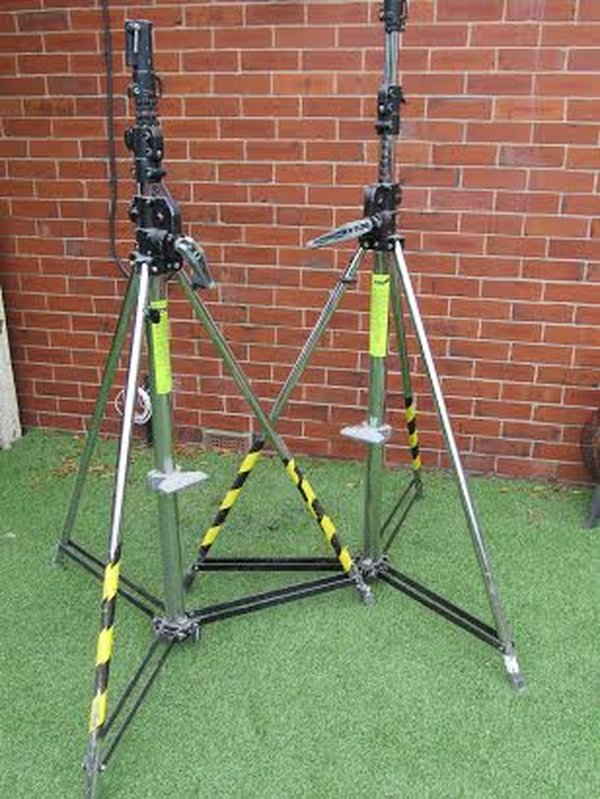 Manfrotto Wind Up Lighting Stands