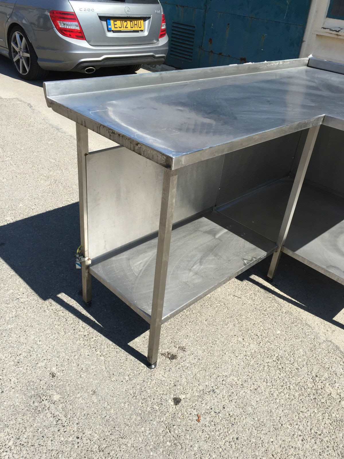 Secondhand Catering Equipment Stainless Steel Tables Corners And Odd Shapes Commercial