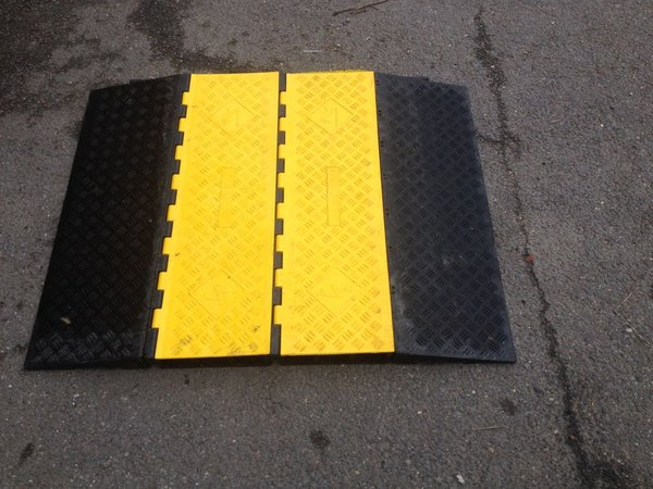Heavy Duty Hose Ramps