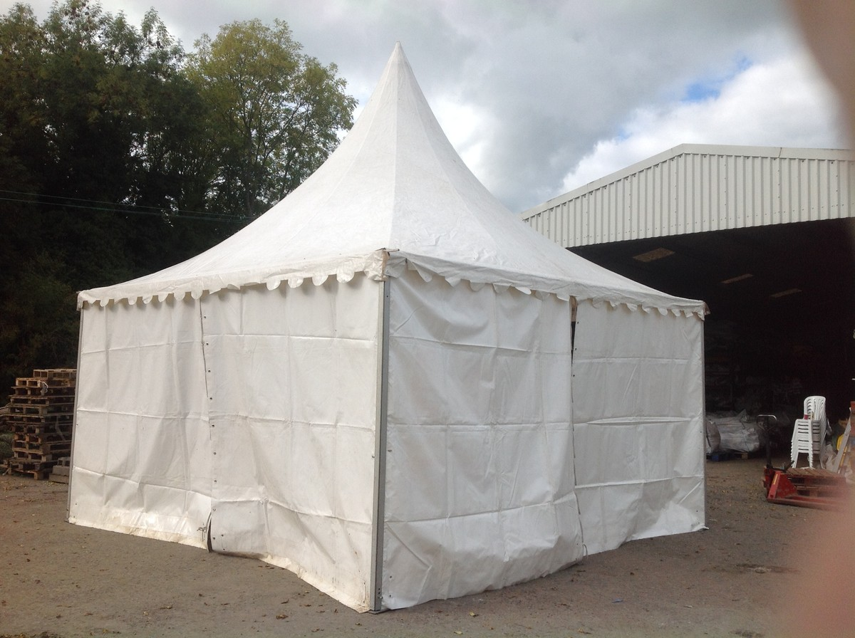Curlew Secondhand Marquees Chinese Hat Or Pagodas 6m