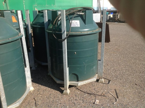 Bunded fuel tanks
