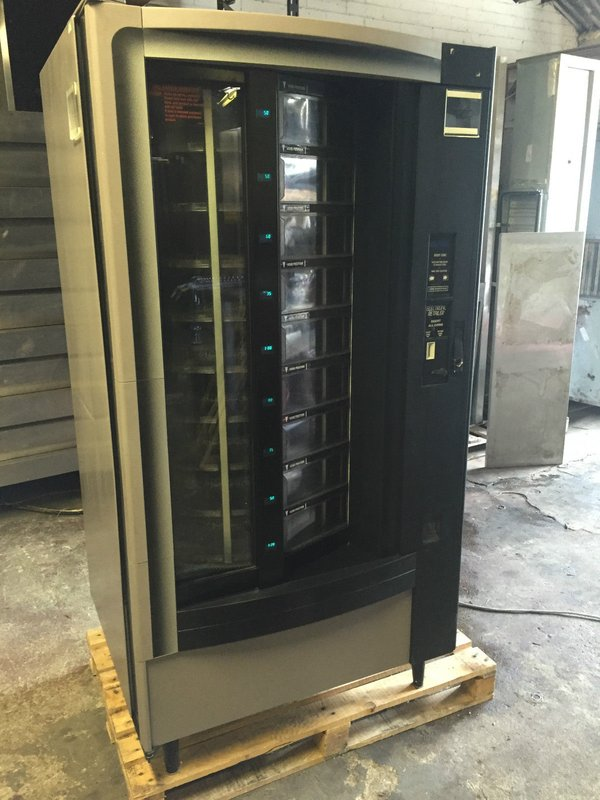 Crane 431 Carousel Vending Machine