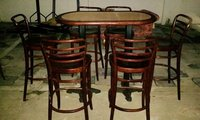Poseur Table and 6 Chairs