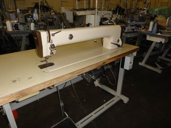 Pfaff heavy duty long arm sewing machine
