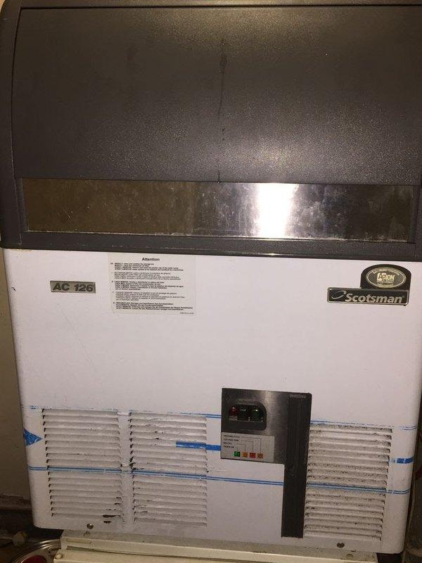 Scotsman 126 Ice Machine