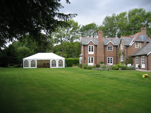 Curlew Secondhand Marquees Framed Or Clear Span Marquees
