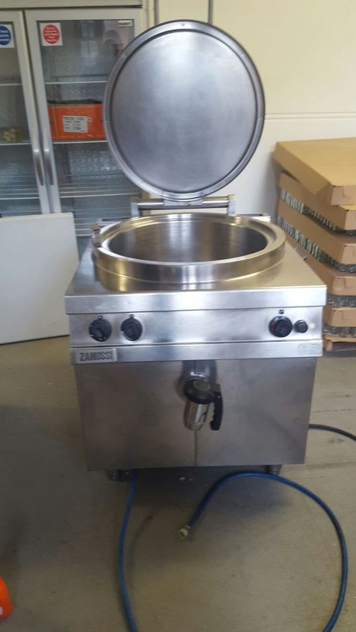 Cooking With A Kettle ~ Secondhand catering equipment bratt pans gas cooking
