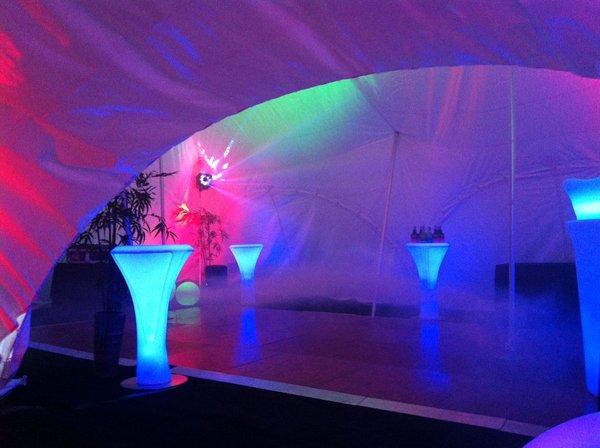 Lumaform LED Wireless Poseur Tables