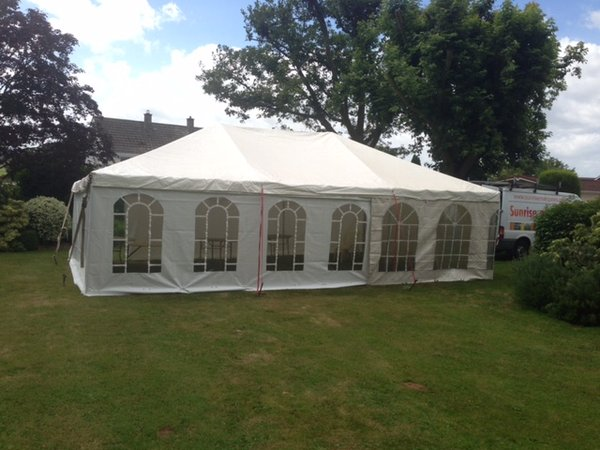 6m x 9m (20ft x 30ft) Marquee