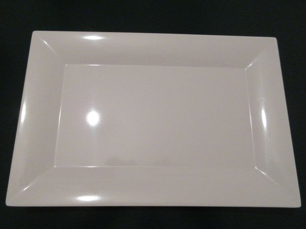 BNIB Fantastic White Melamine Rectangular Plates / Servers Like China
