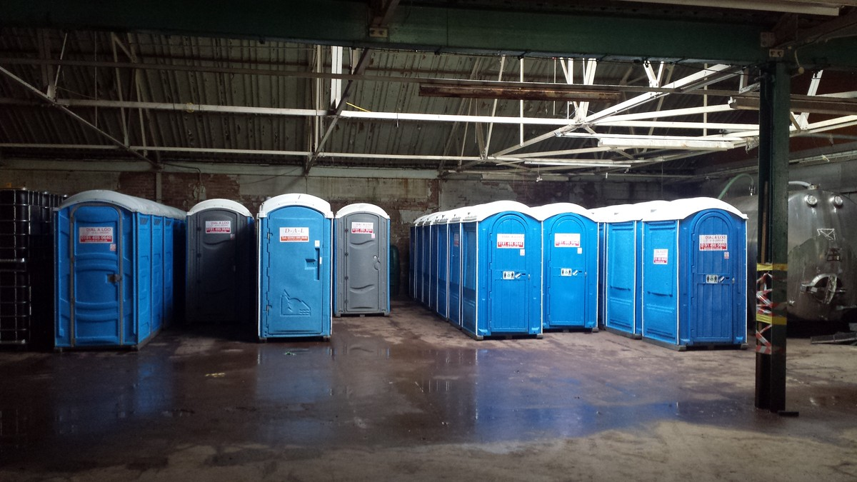 Portable Toilet Exhibition : Secondhand trailers the best place to buy or sell