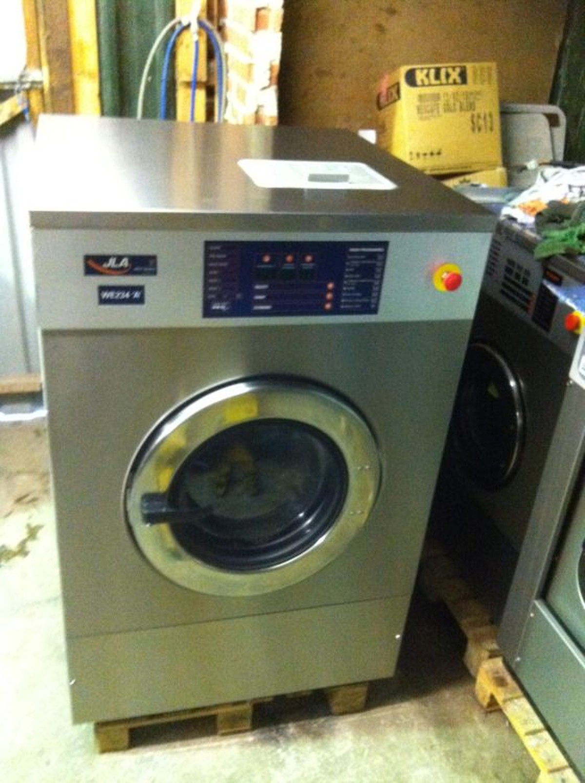 Industrial Washing Machines : Secondhand catering equipment laundry ipso