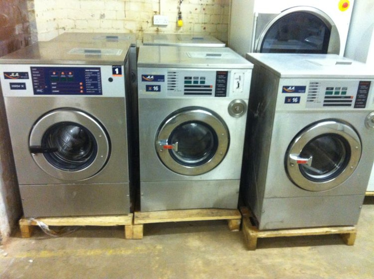 Industrial Washing Machines : Secondhand laundry equipment front loading washing