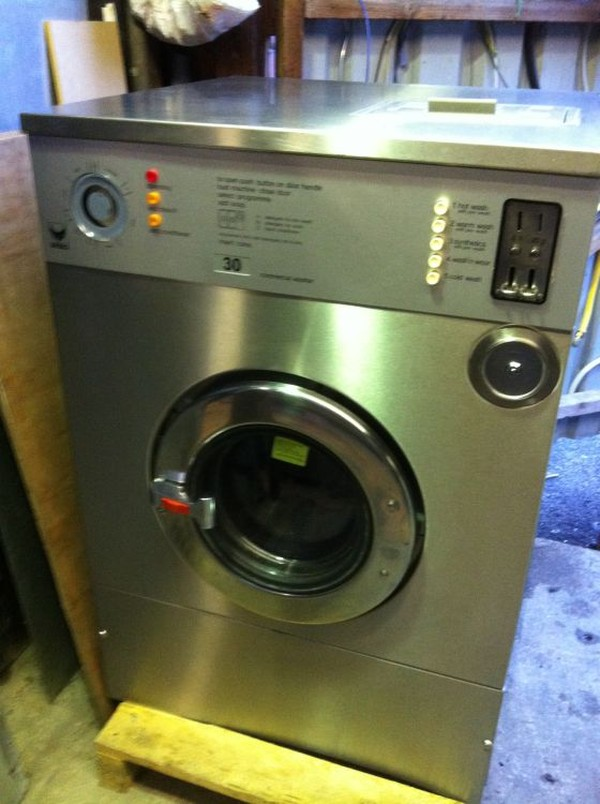 Buy Used IPSO HW94 22lb High Speed Commercial Industrial Washing Machine