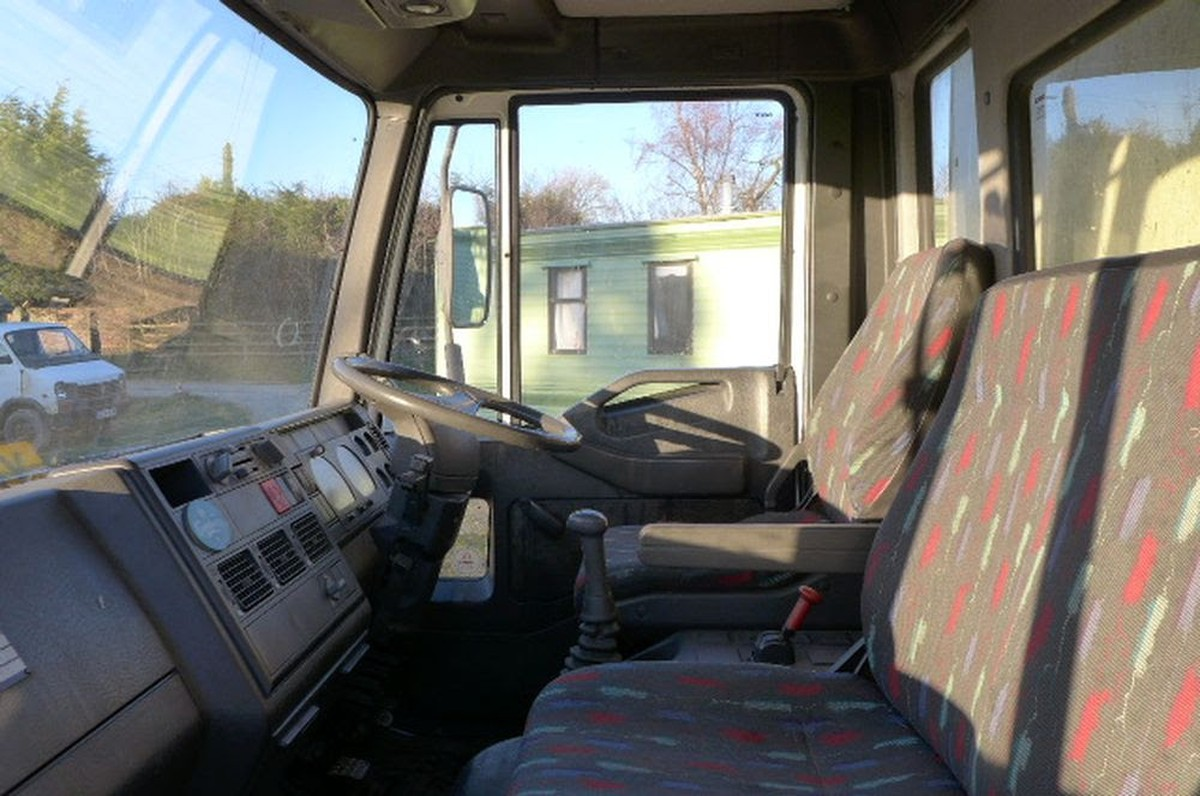 Secondhand Lorries And Vans Curtain Side 7 5 Ton Ford