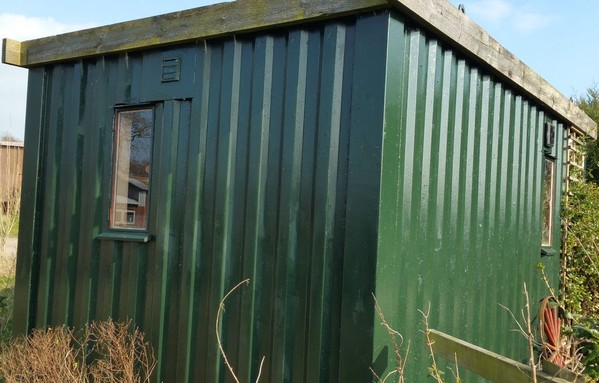 Secondhand toilet and shower block