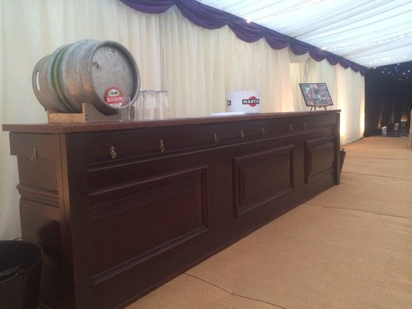 Traditional Mobile Bar Unit