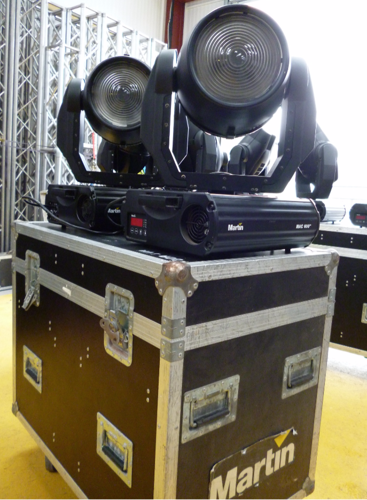 Secondhand Sound And Lighting Equipment Moving Head Wash Lights Martin Mo