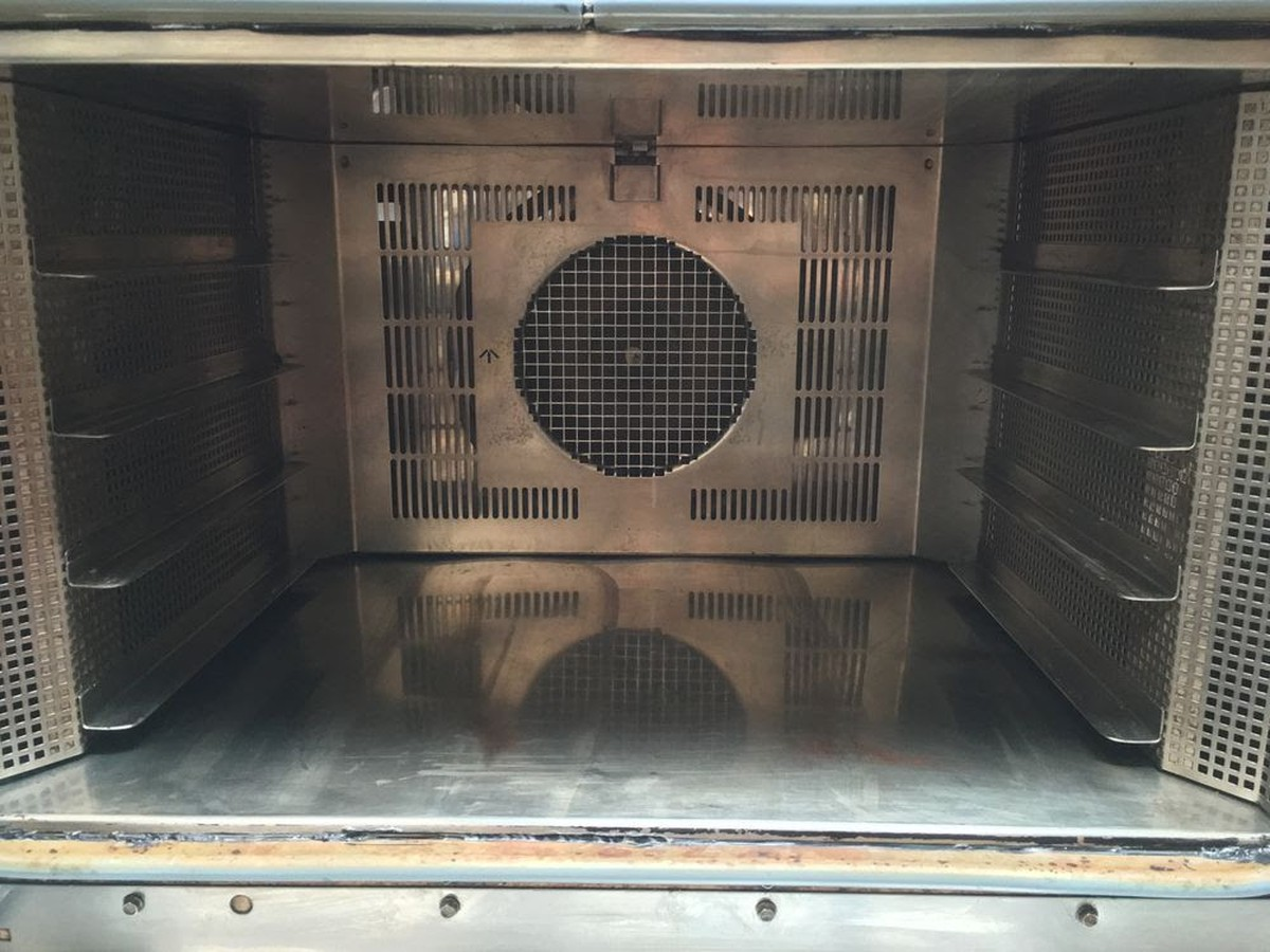 Secondhand catering equipment electric ovens 4 grid eurofours eurofours large electric baking oven publicscrutiny Images