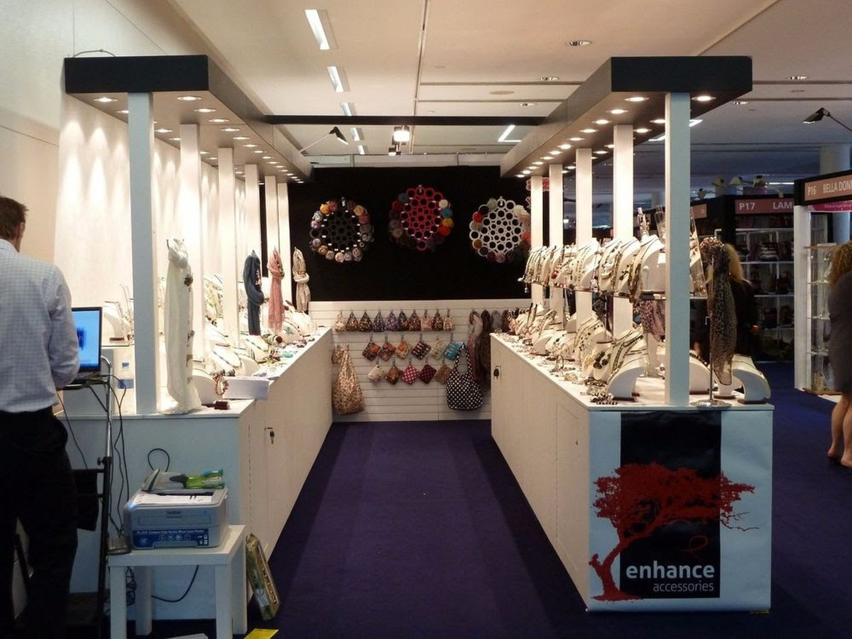 Exhibition Stand Builders Edinburgh : Secondhand exhibition and display equipment