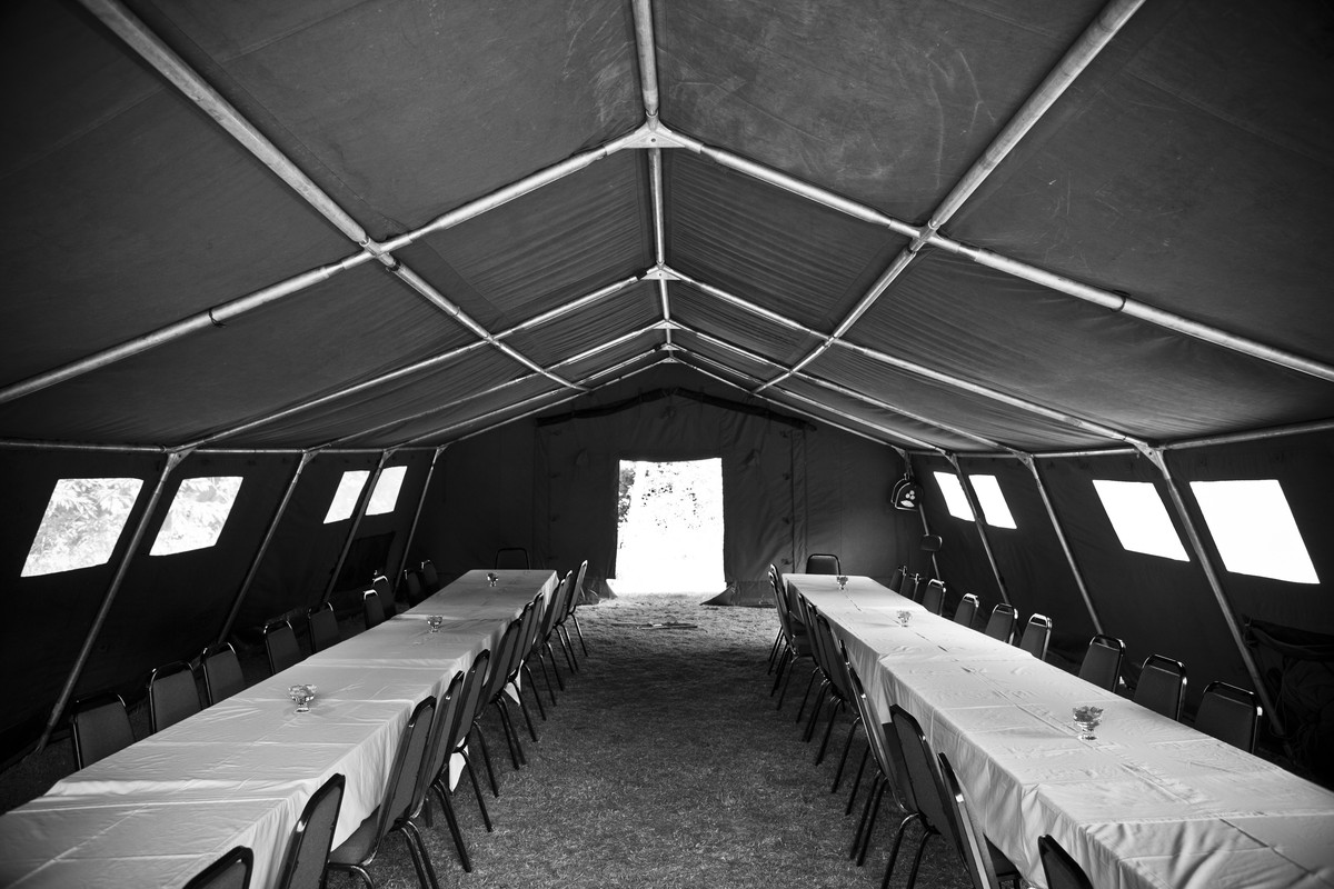 Army Mess Tent & Curlew - SecondHand Marquees | Unusual Marquees | Army Mess Tent ...