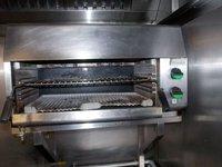 Falcon Eye-Level Gas Grill / Salamander