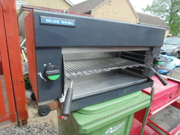 Tractor Grill Seal : Secondhand catering equipment dh