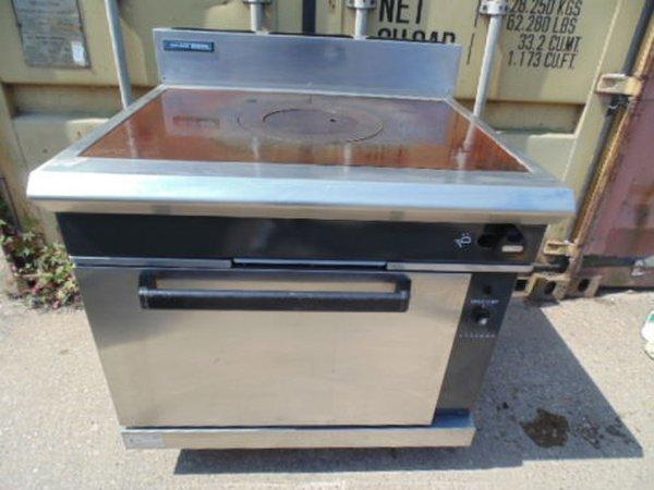 Blue seal g570 solid top range cooker
