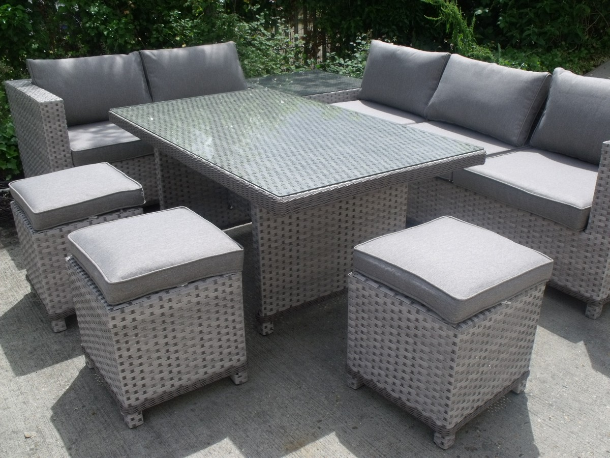 Secondhand chairs and tables outdoor furniture 2x for Lounge garden furniture sets
