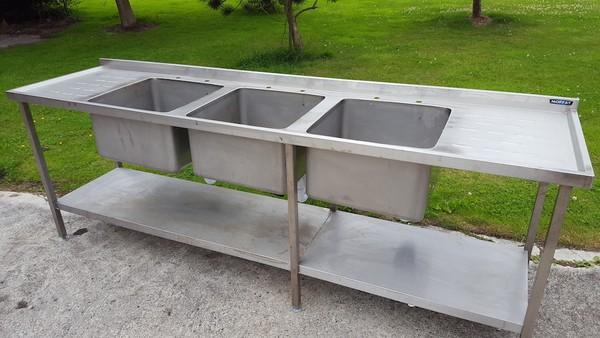 Moffat Triple Bowl S/S Sink
