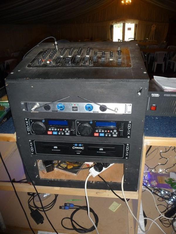 DJ CD mixing desk